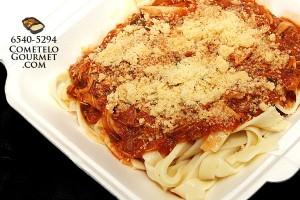 Fetucini bolonesa de pollo - Cometelo Gourmet